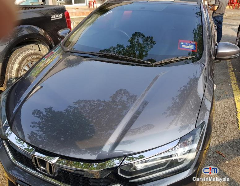 Honda City 1.5-LITER ECONOMY SEDAN Automatic 2018 - image 9