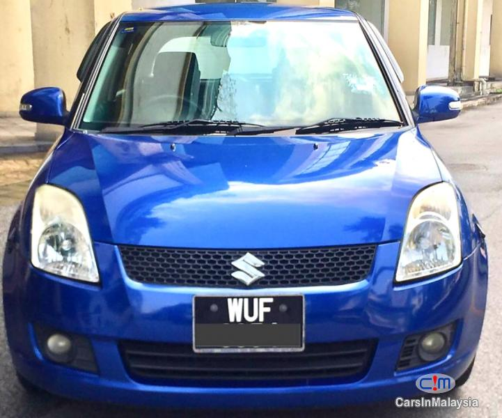 Pictures of Suzuki Swift 1.5-LITER ECONOMY HATCHBACK Automatic 2010