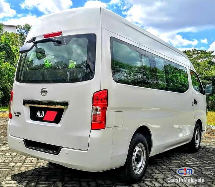 Nissan NV350 Urvan 2.5-LITER DIESEL FAMILY BUSINESS PASSENGER Manual 2018 - image 4