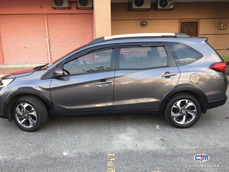 Honda BR-V 1.5-LITER ECONOMY SUV Automatic 2017 in Selangor