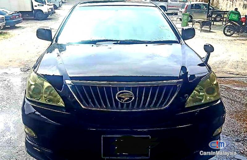 Picture of Toyota Harrier 2.4-LITER LUXURY SUV Automatic 2011