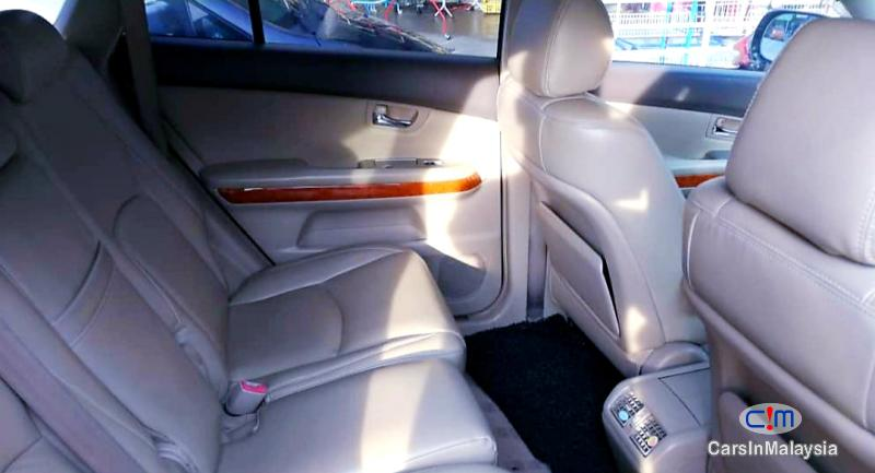 Toyota Harrier 3.0-LITER LUXURY SUV Automatic 2009 in Malaysia - image