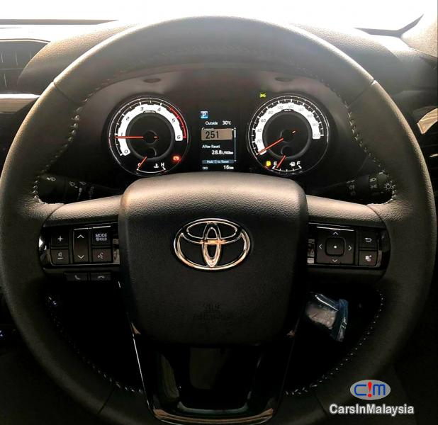 Toyota Hilux 2.4-LITER 4x4 LIMITED EDITION DOUBLE CAB DIESEL TURBO Automatic 2020 in Kuala Lumpur