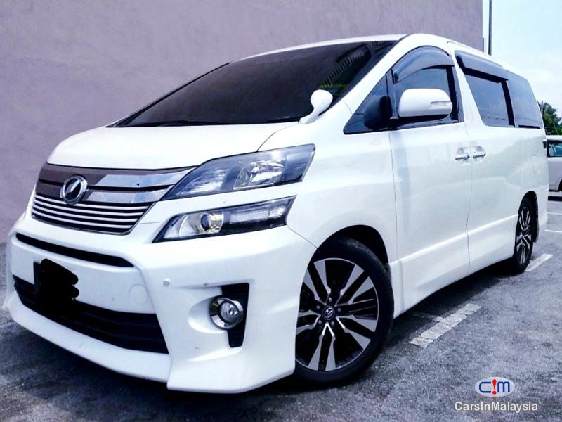 Picture of Toyota Vellfire 2.4-LITER GOLDEN EYE LUXURY FAMILY MPV Automatic 2014