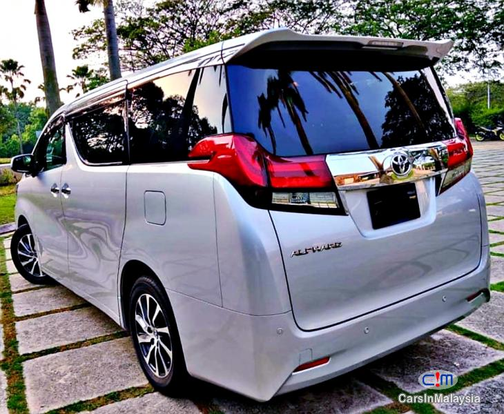 Picture of Toyota Alphard 2.5-LITER 7 SEATER LUXURY FAMILY MPV Automatic 2019