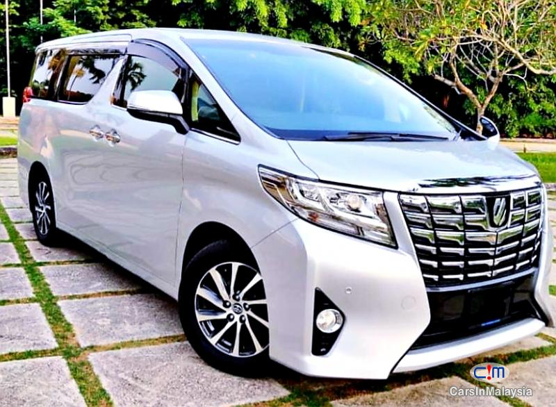 Toyota Alphard 2.5-LITER 7 SEATER LUXURY FAMILY MPV Automatic 2019 in Selangor