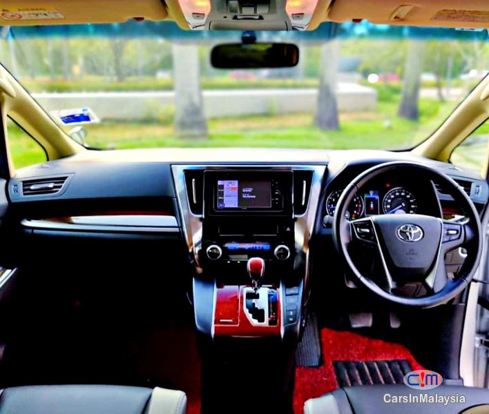 Toyota Alphard 2.5-LITER 7 SEATER LUXURY FAMILY MPV Automatic 2019 in Selangor - image