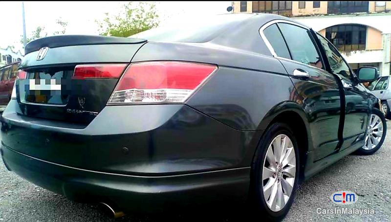 Picture of Honda Accord 2400 Automatic 2010