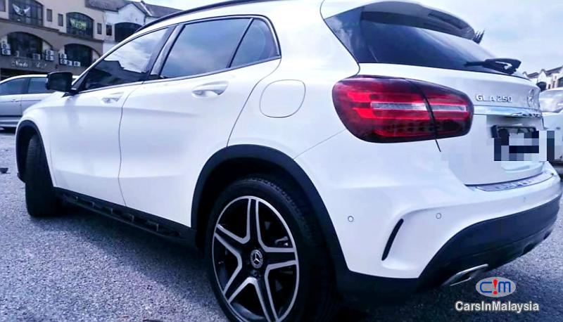 Picture of Mercedes Benz GLA250 2.0-LITER LUXURY SUV Automatic 2019