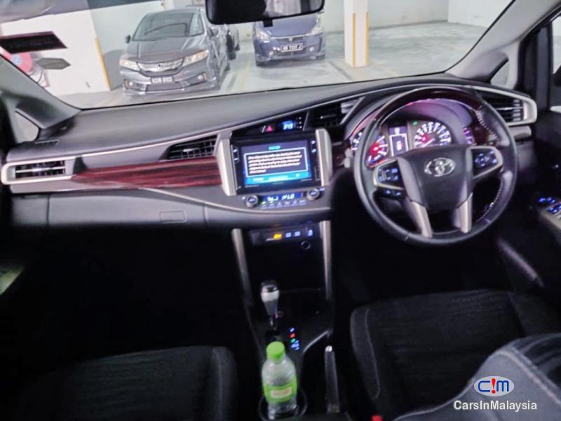 Toyota Innova 2.0-LITER FAMILY MPV 7 SEATER Automatic 2019 - image 11