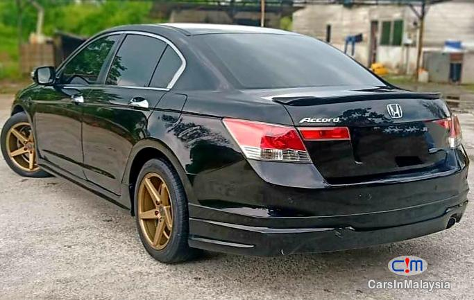 Picture of Honda Accord 2.4-LITER LUXURY SEDAN Automatic 2009