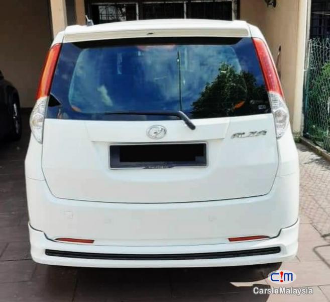 Perodua Aruz 1.5-LITER FUEL ECONOMY FAMILY MPV Automatic 2013