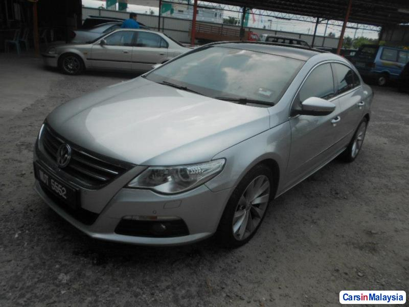 Picture of Volkswagen Passat Automatic 2010