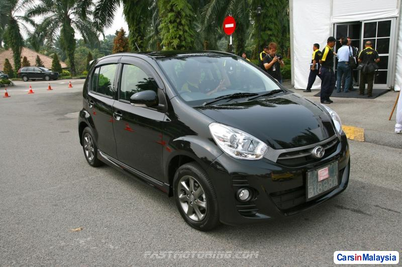 Pictures of Perodua Myvi Automatic 2013