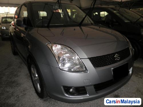 Picture of Suzuki Swift Automatic 2010