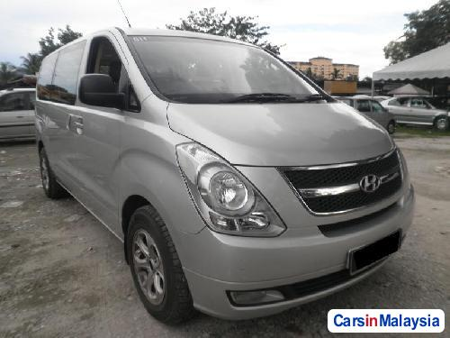 Picture of Hyundai Starex Automatic 2009
