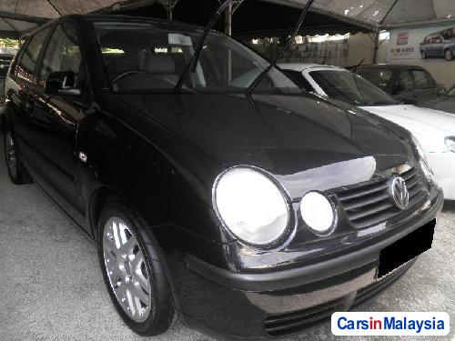 Pictures of Volkswagen Polo Automatic 2005
