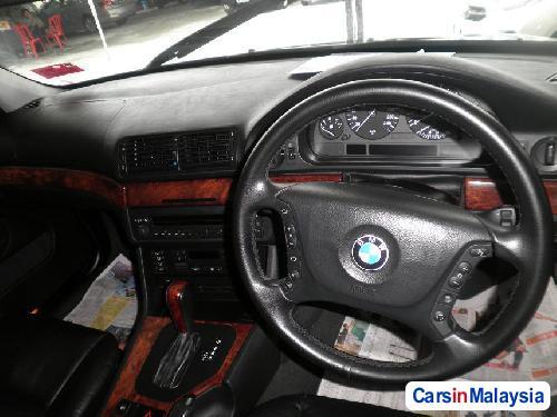 BMW 5 Series Automatic 2002 in Kuala Lumpur