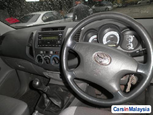 Toyota Hilux Manual 2008 in Kuala Lumpur