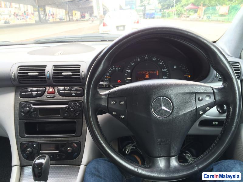 Picture of Mercedes Benz C-Class Automatic 2005 in Kuala Lumpur