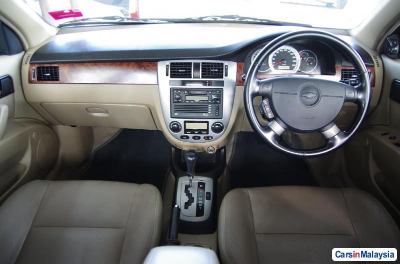 Picture of Chevrolet Optra Automatic 2003