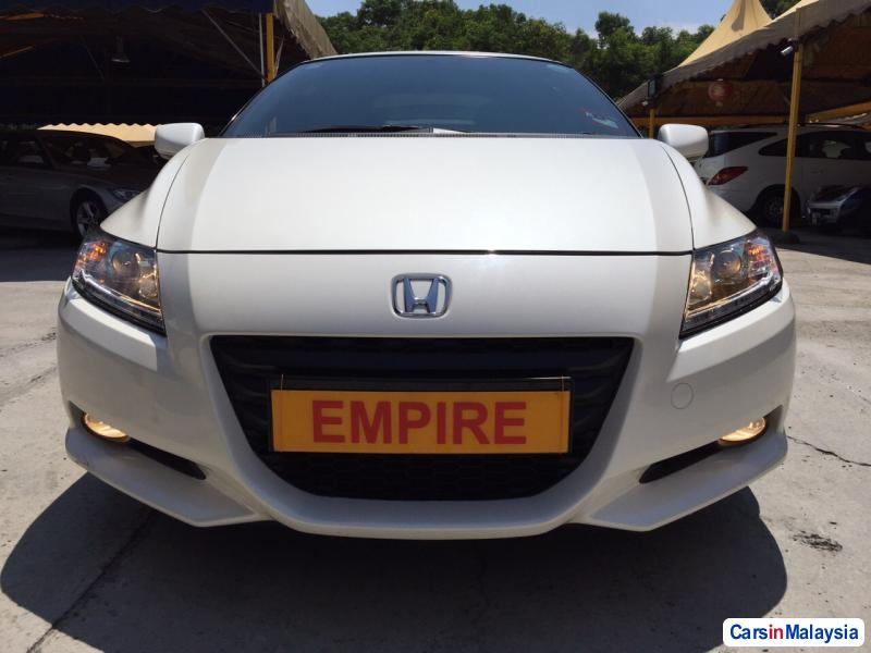 Pictures of Honda CR-Z Automatic 2012