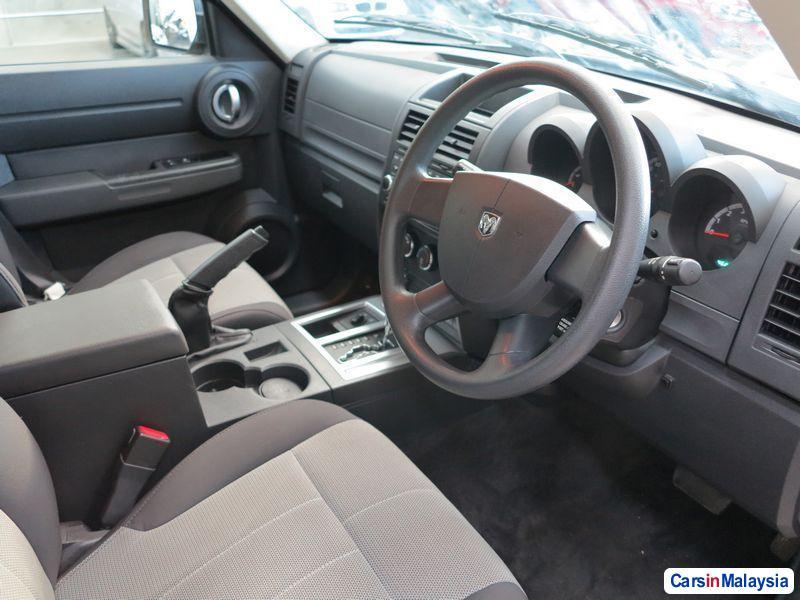 Picture of Dodge Nitro Automatic 2008