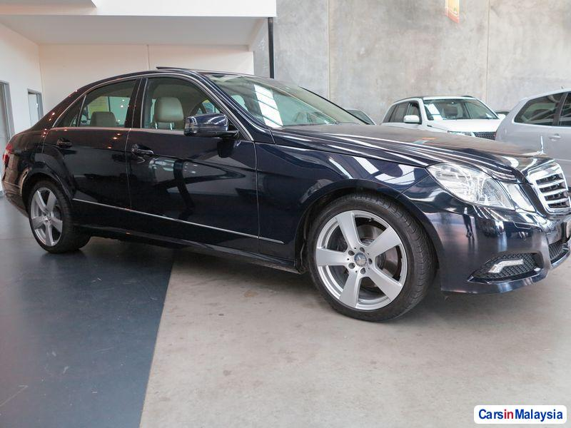 Picture of Mercedes Benz E350 Automatic 2009