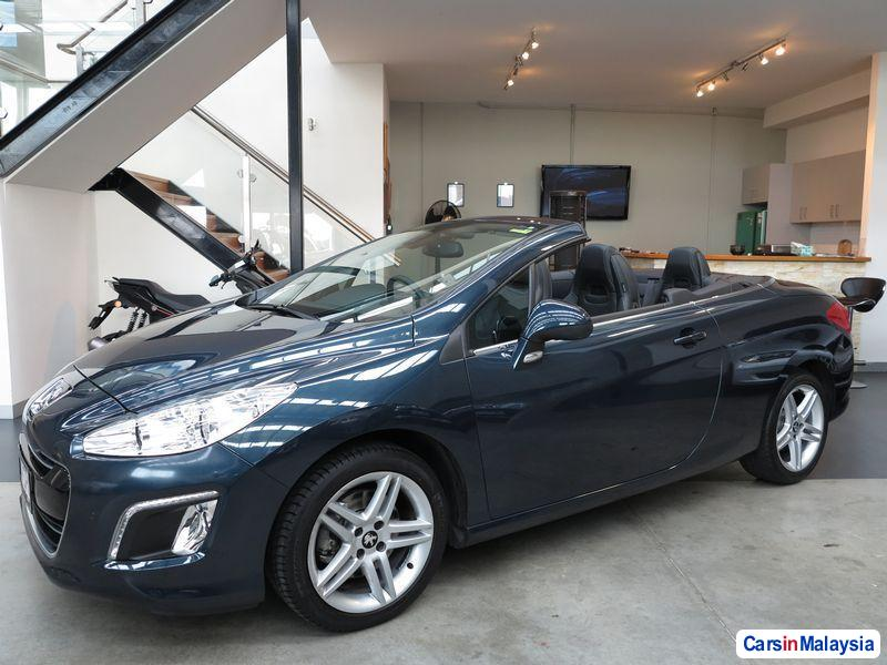 Picture of Peugeot 308 Automatic 2012
