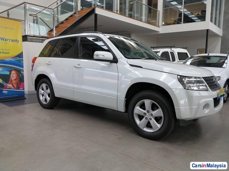Picture of Suzuki Grand Vitara Automatic 2010