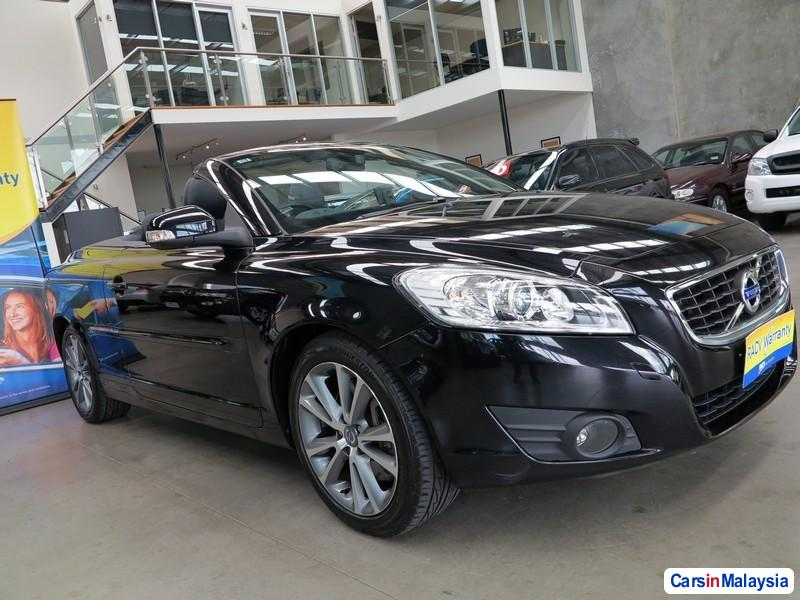 Picture of Volvo C70 Automatic 2010