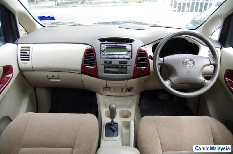 Toyota Innova Automatic 2006 in Malaysia