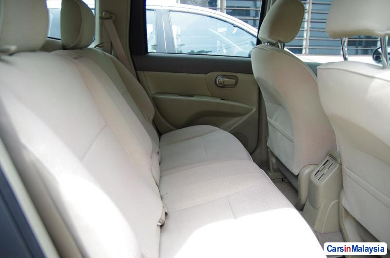 Picture of Nissan Grand Livina Manual 2010 in Malaysia