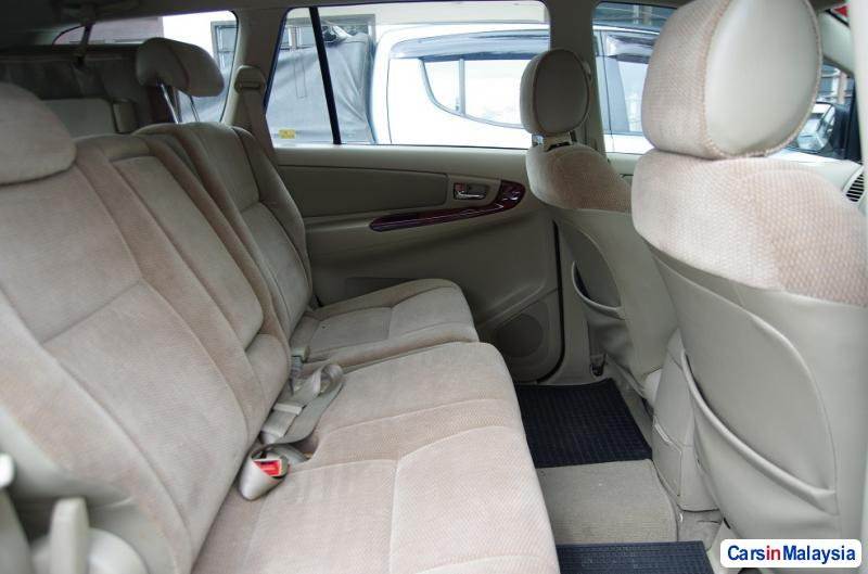 Picture of Toyota Innova Automatic 2006 in Malaysia