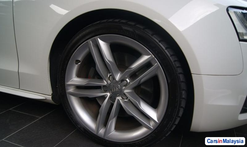 Picture of Audi S5 Automatic 2010 in Malaysia