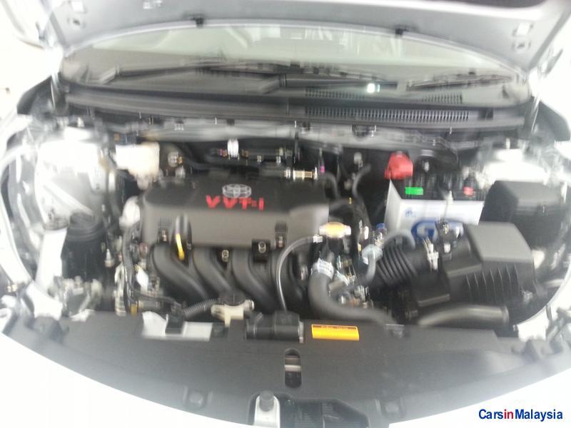 Toyota Vios Automatic - image 11