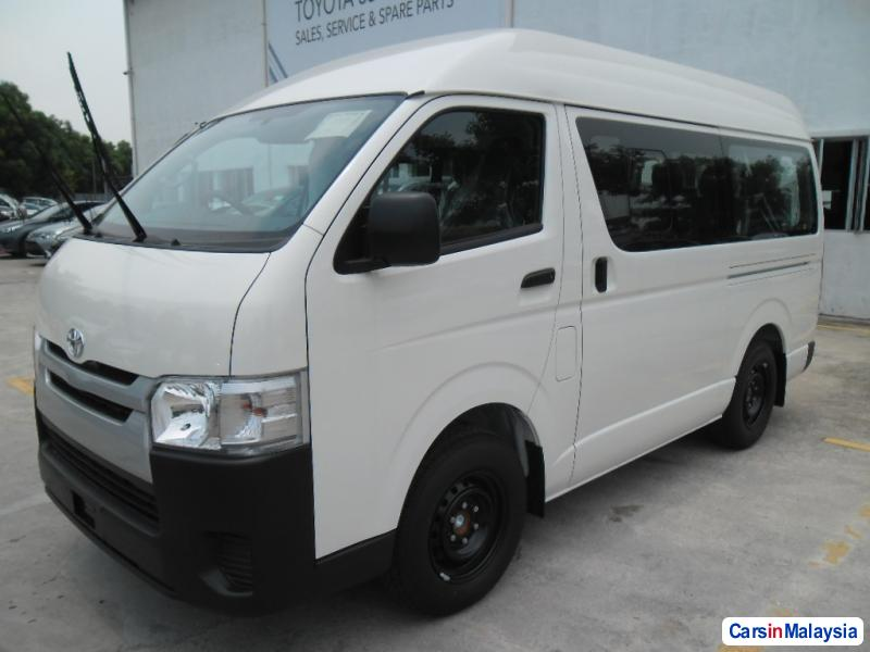 Pictures of Toyota Hiace Manual