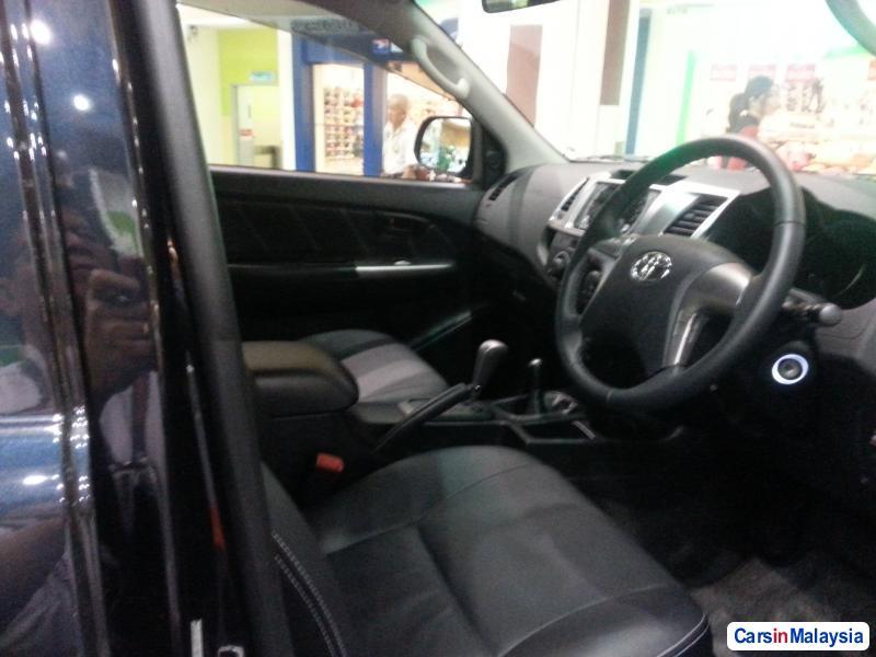 Toyota Hilux Automatic in Kuala Lumpur - image