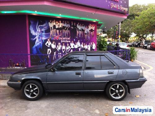 Picture of Proton Saga Automatic 1990