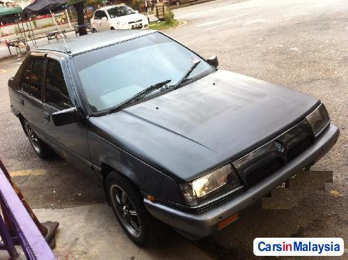 Proton Saga Automatic 1990 - image 3