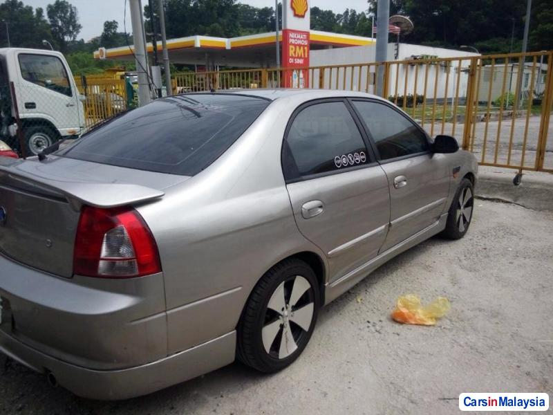 Pictures of Kia Spectra Automatic 2001