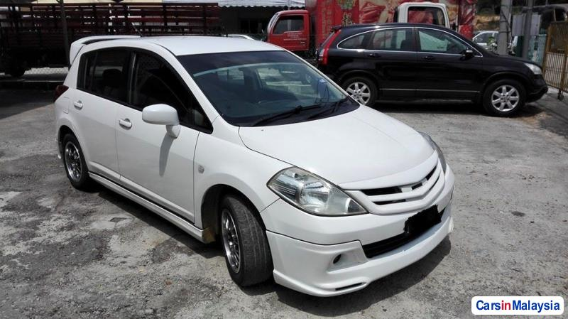 Nissan Latio Automatic 2011