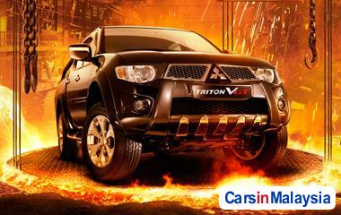 Picture of Mitsubishi Triton Automatic