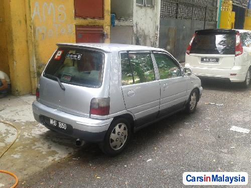 Perodua Kancil Manual 2000 - image 2