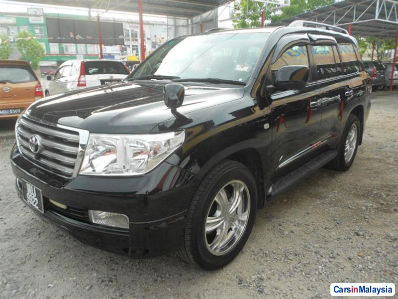 Pictures of Toyota Land Cruiser Automatic 2008