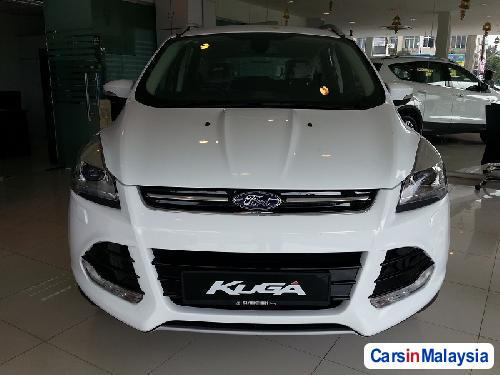 Picture of Ford Kuga Semi-Automatic