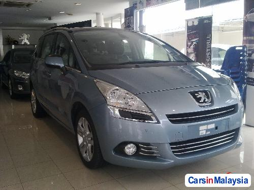 Pictures of Peugeot 5008 Semi-Automatic