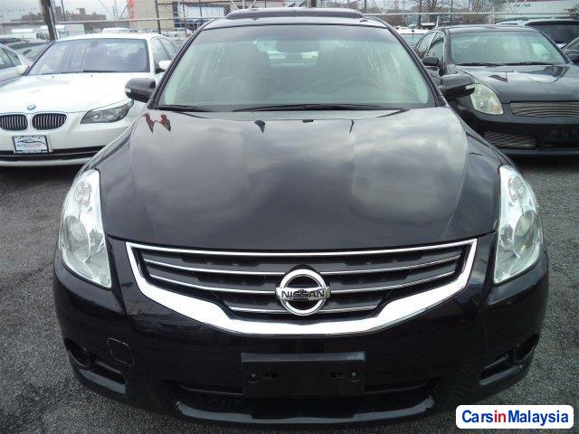 Picture of Nissan Altima Automatic 2012