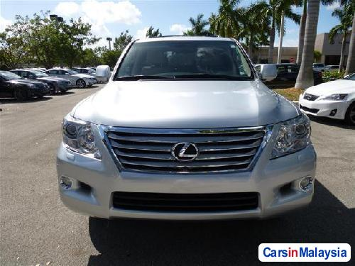 Picture of Lexus LX Automatic 2011