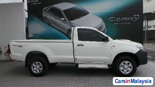 Picture of Toyota Hilux Manual